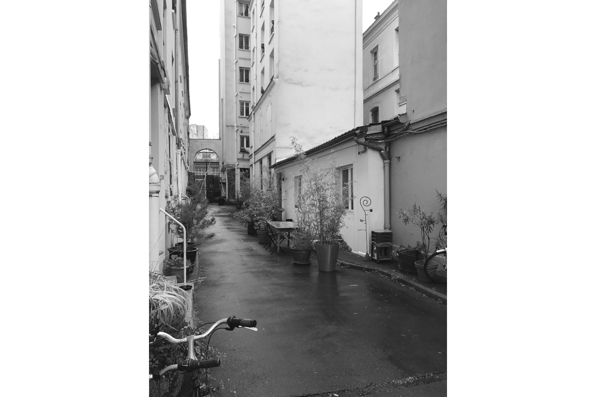 surelevation-restructuration-maison-bardage-zinc-Azengar-AREA-Studio