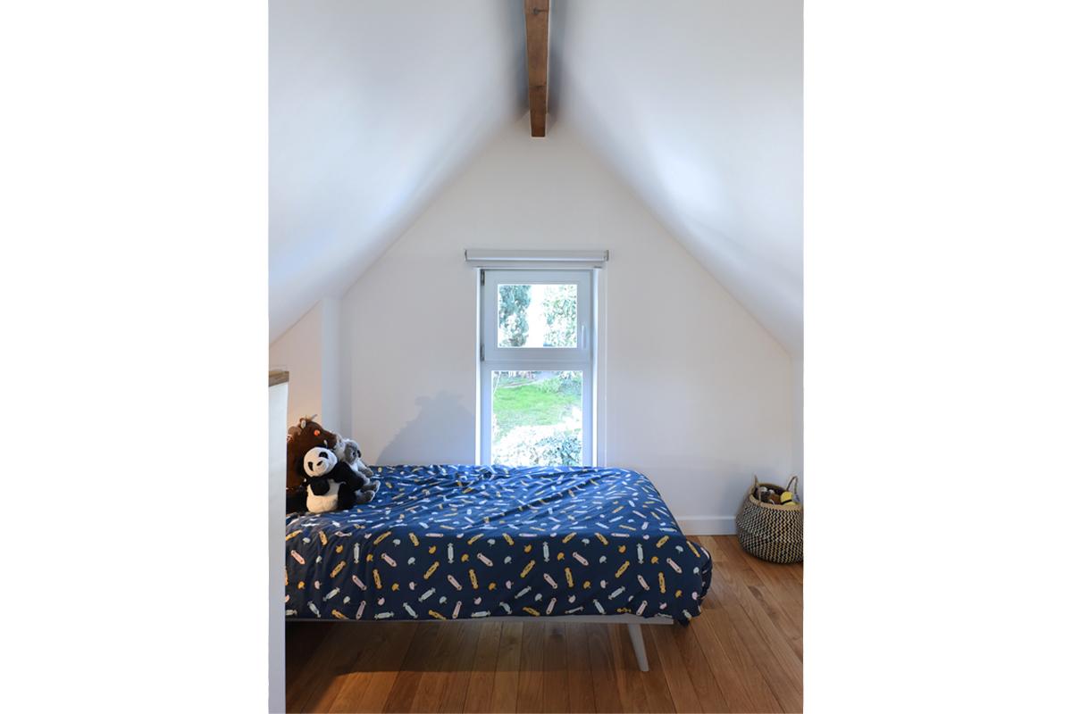 architecte-restructuration-renovation-aménagement-combles-bois-AREA-Studio