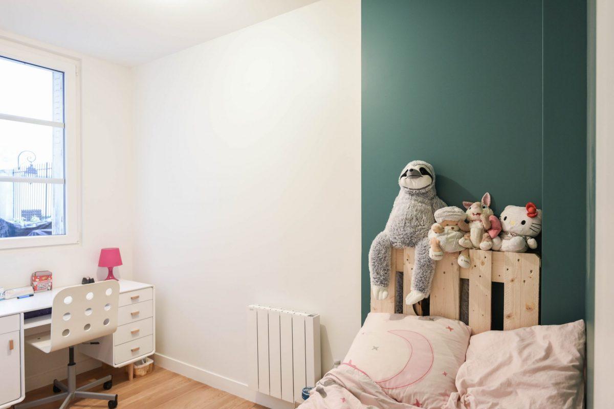 architecte-restructuration-renovation-aménagement-parquet-chène-vieilli-AREA-Studio